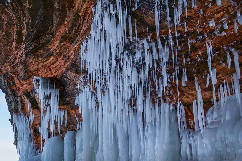 LAKE SUPERIOR CLIFF ICE