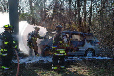 South Farmingdale, North Massapequa F.D. MVA w/ Car Fire S.S. Pkwy. near Bethpage Pkwy. 12/2909