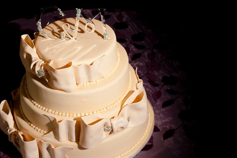 2010_02_27_JUSTTHEFROSTING_WEDDINGCAKE_2010_02_27_just_the_frosting_cake__MG_1854.jpg