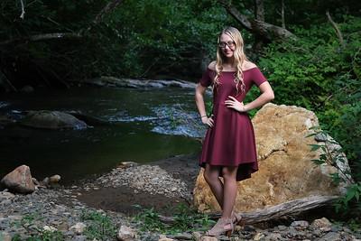 Hannah (Senior 2020)
