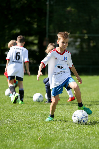 hsv_fussballschule-027_48048028447_o.jpg