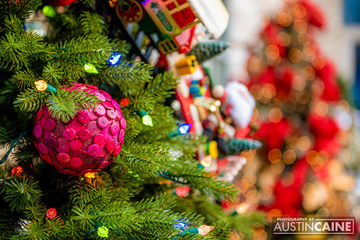 Truist Plaza Tree Decorating (2020)