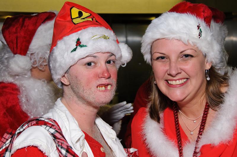 2009 ALS Santa Crawl-24.jpg
