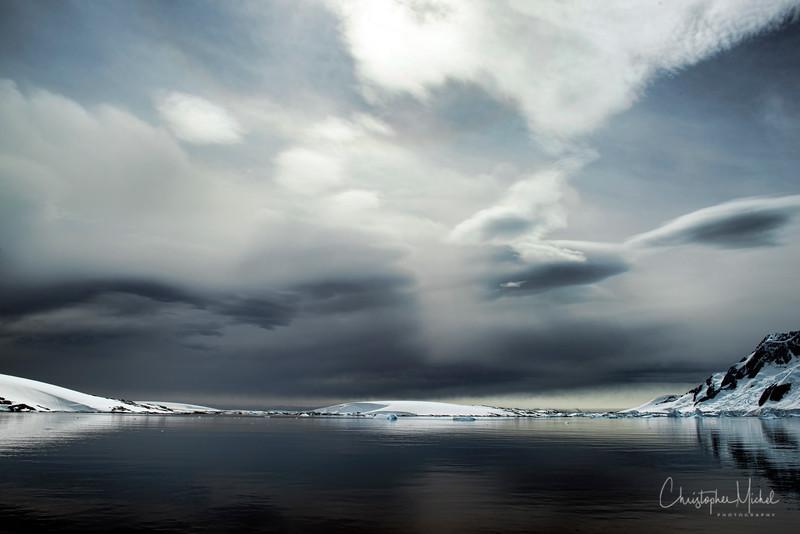 icebergs_pleneau_island_lemaire_20130106_7391.jpg