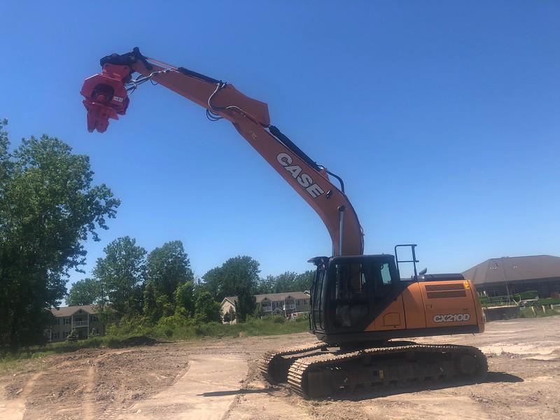 NPK C8CSD sheet pile driver on Case CX210D excavator - Monroe Tractor  06-20 (1).jpg