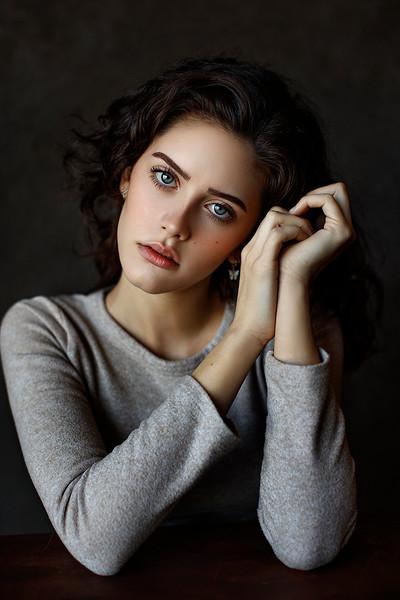 Portrait379.jpg