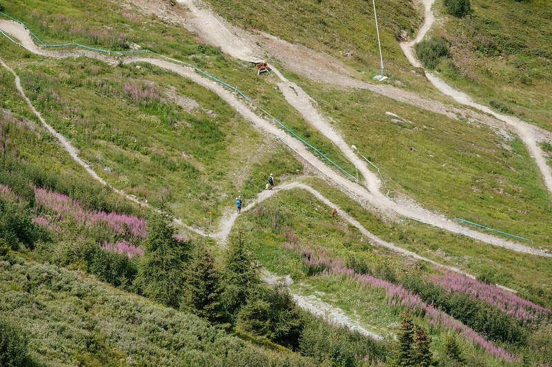 Trekking in Les Ruinettes Verbier