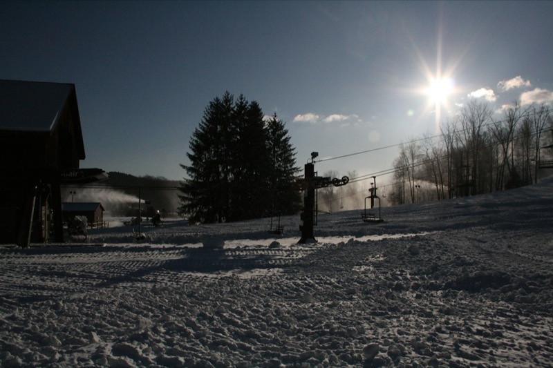 SnowTrailsOpeningDay12_11_09_017.jpg