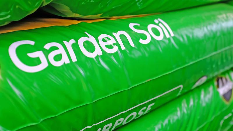 Garden Soil-100T1650.jpg