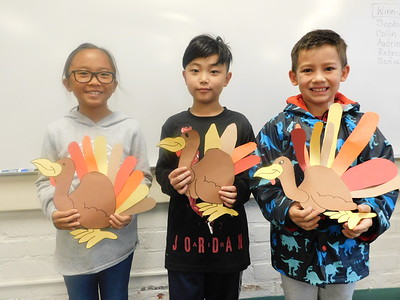 Paradise Canyon Kids  Dish Out Their Turkey Pals