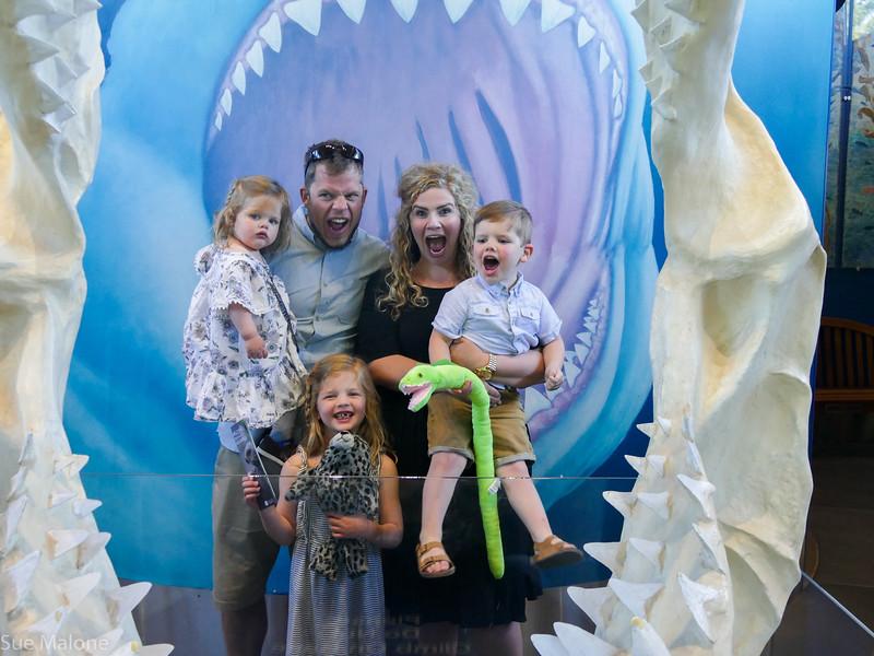 Rogers memorial at the aquarium (27 of 71).jpg