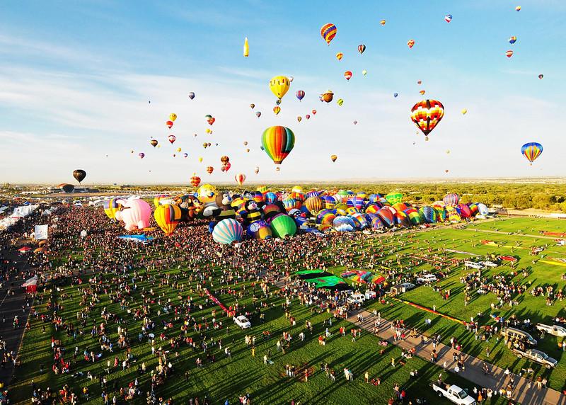NEA_5671-7x5-Balloons.jpg