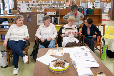 11_04_21 - Knitting Group