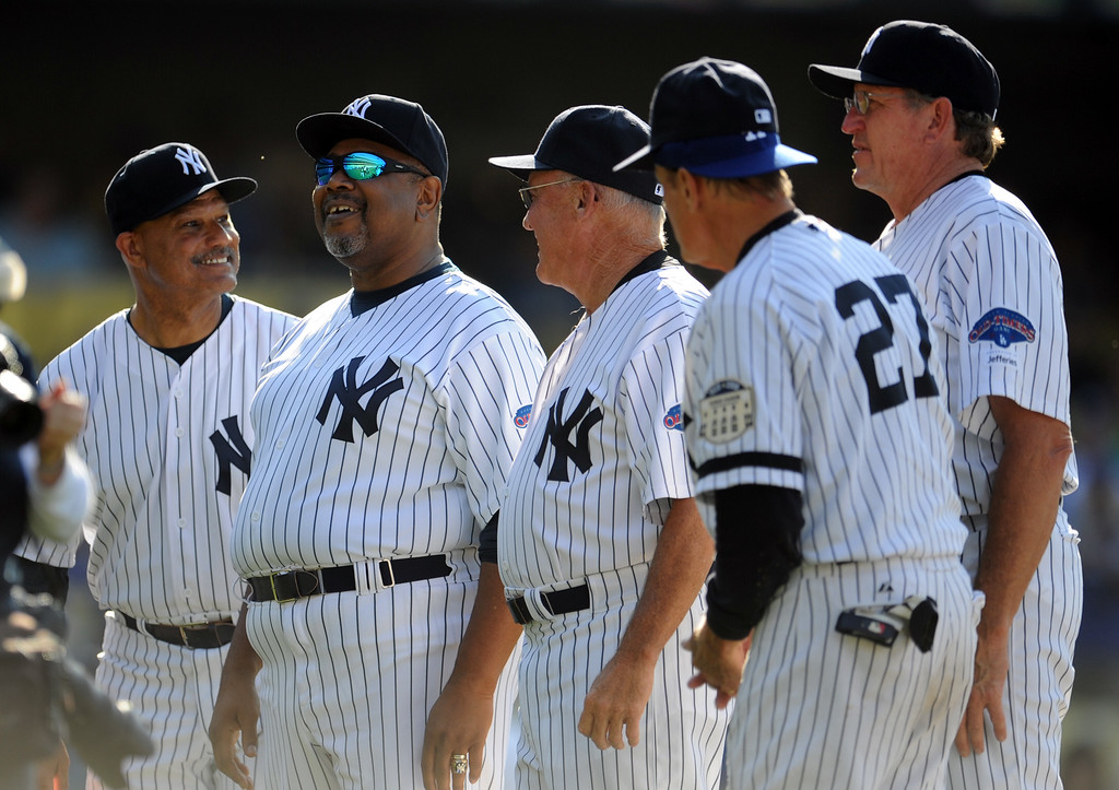 . Former New York Yankees Chris Chambliss, left, with Bob Watson and teammates during the Old-Timers game prior to a baseball game between the Atlanta Braves and the Los Angeles Dodgers on Saturday, June 8, 2013 in Los Angeles.   (Keith Birmingham/Pasadena Star-News)
