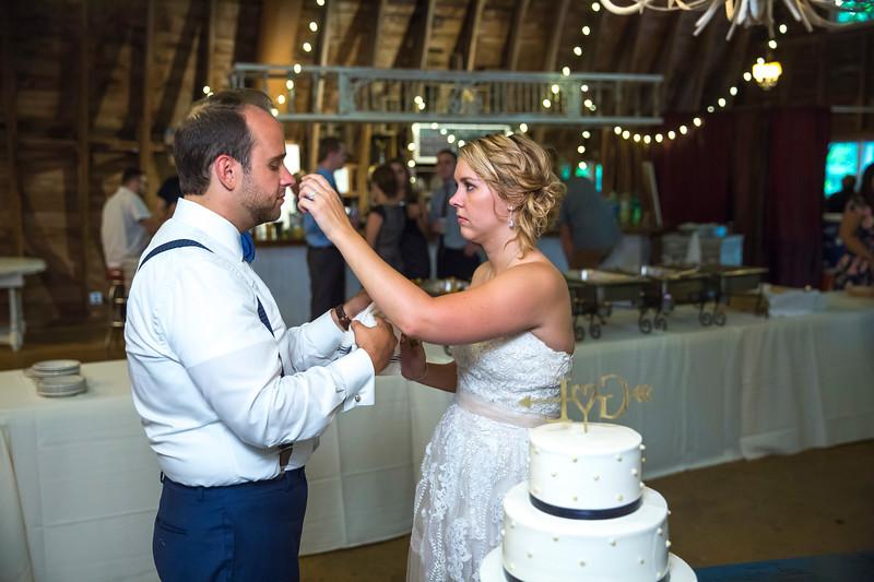 Garrett & Lisa Wedding (620).jpg