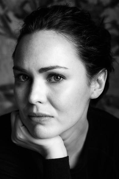 Caroline O'Hara Portraits 8.10.16 (hi-res)-2-9.jpg