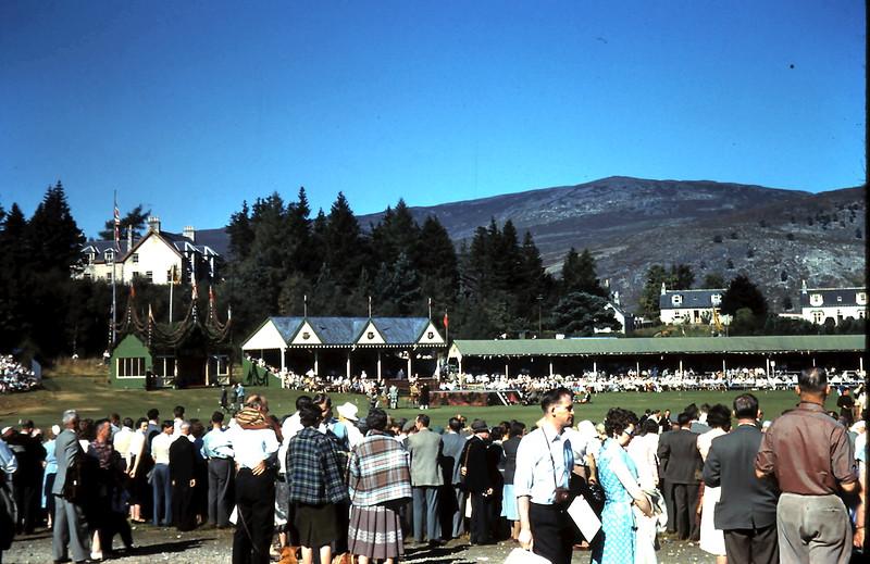 1959-9-10 (20) Highland gathering @ Bramear, Scotland.JPG