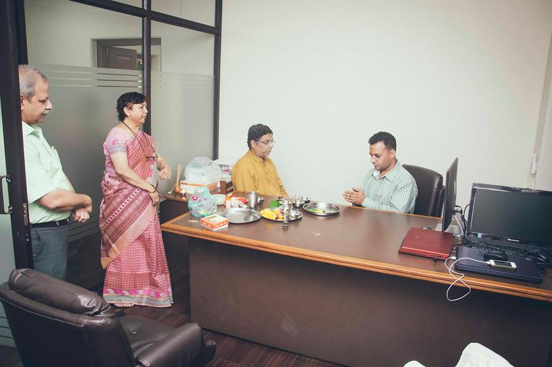 Office Pooja-8062.jpg