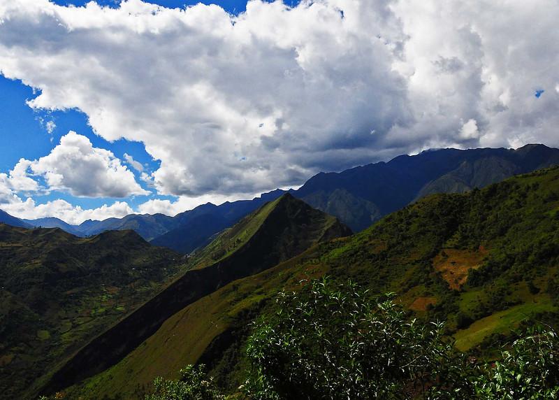 PEU_8588-7x5-on the way Acobamba.jpg
