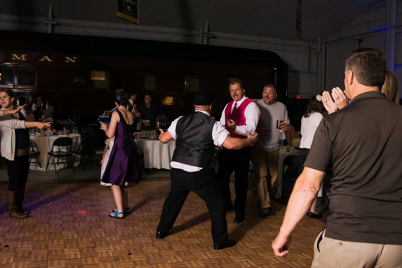 Reception (218 of 357).jpg