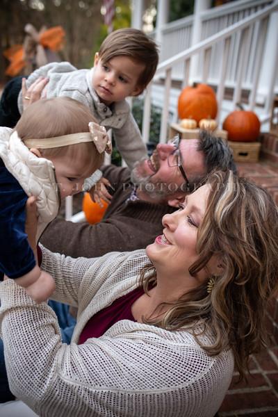 2019 November Ellis Family-90-233.jpg
