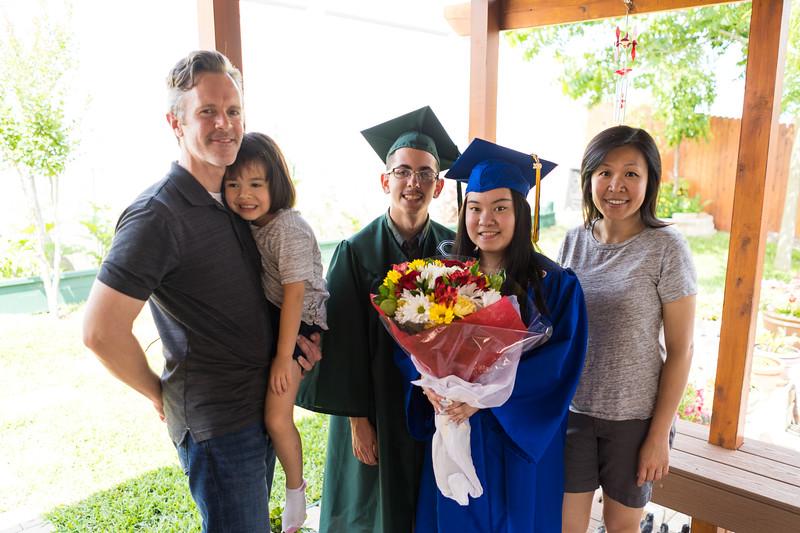 20190602_april-hs-graduation_035.JPG