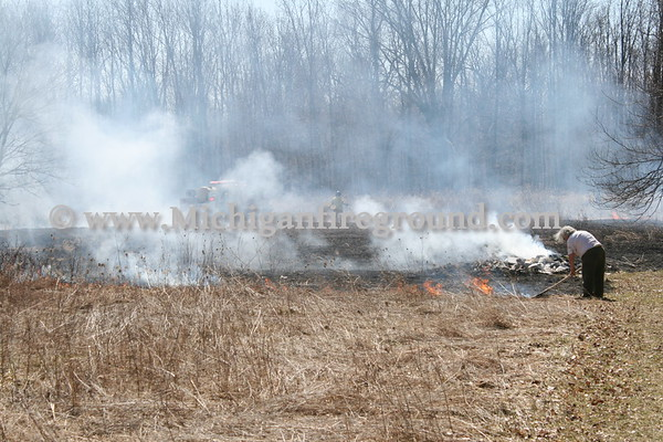 3/29/11 - Eaton Rapids Twp grass fire, 5959 Curtice Rd