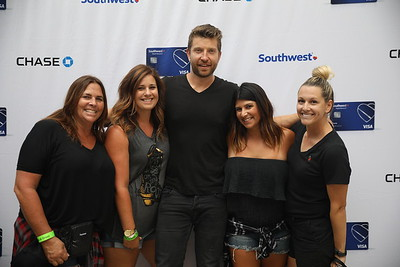 Brett Eldredge M&G | Costa Mesa, CA | 7.29.18