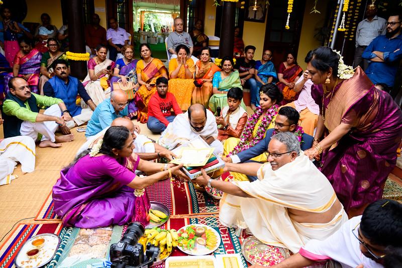 2019-12-Ganesh+Supriya-4695.jpg
