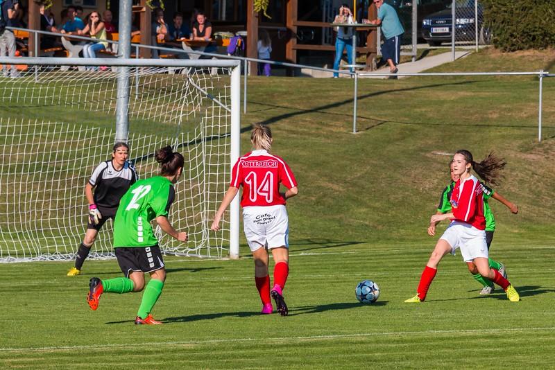 FC Pingau-Friedberg Damenmannschaft-5.JPG