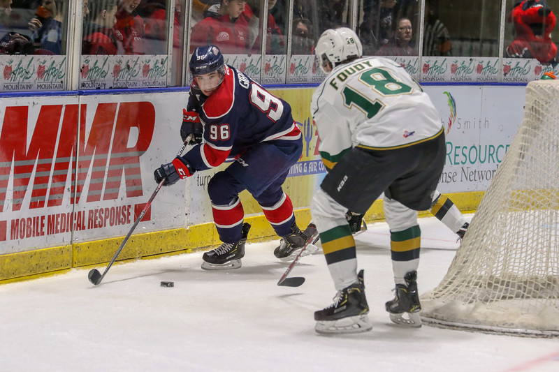 Saginaw Spirit vs London 9289.jpg