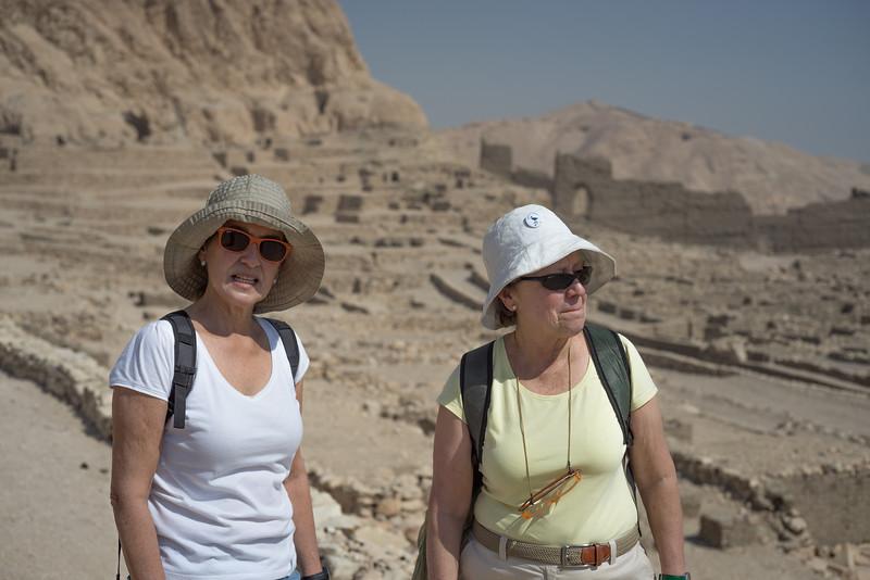 Maky y Celia en Deir el-Medina