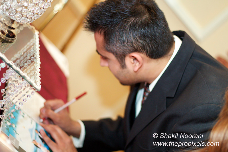 Naziya-Wedding-2013-06-08-02111.JPG