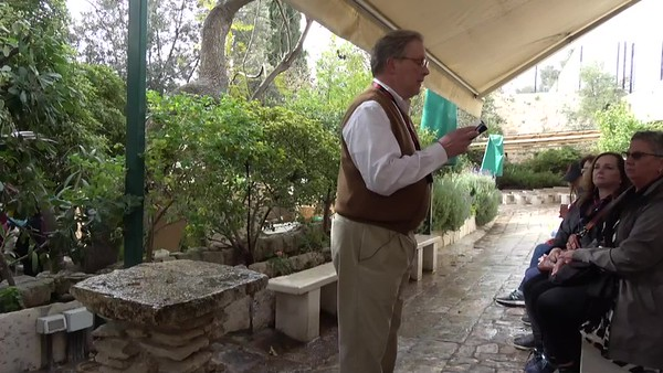 14 - Devotional at the Garden Tomb
