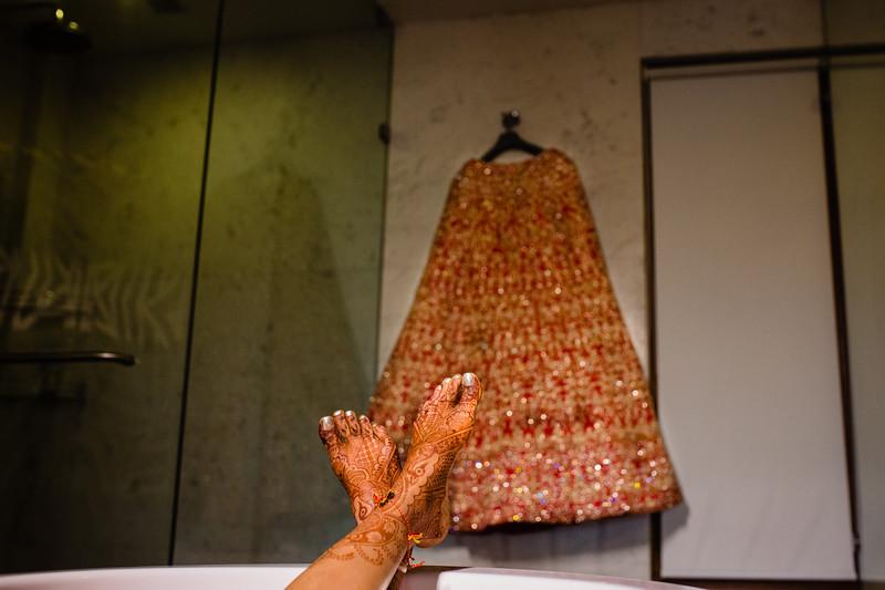 Candid Wedding Photographer Ahmedabad-1-131.jpg
