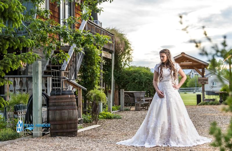 barbwire and lace bridal photo shoot brooklyn -110.jpg