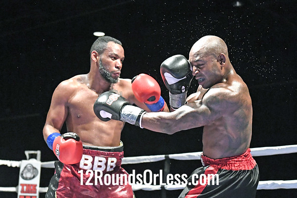 Bout 1 Pro Boxing Eric Bledsoe, Silver Wrist-wraps -vs- Larry Blakey, Blue Wrist-wraps, Middleweight