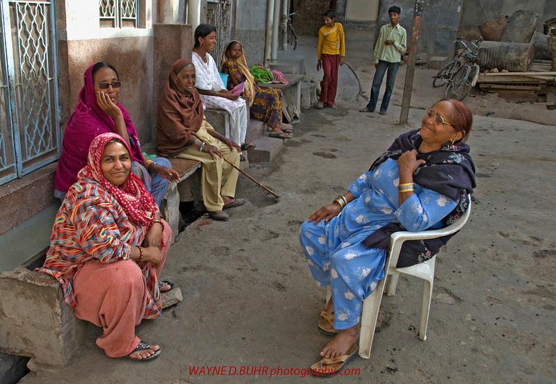 INDIA2010-0206A-219A.jpg