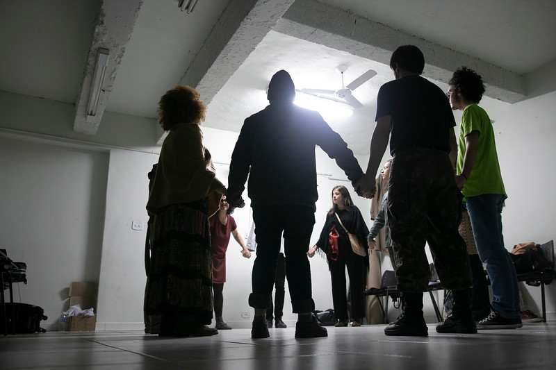 Allan Bravos - Fotografia de Teatro - Indac - Fronteiras-72.jpg