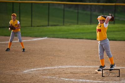 Girls Softball 05.05.09