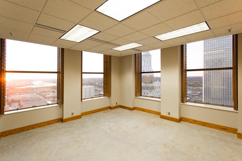 Suite 2500-5.jpg