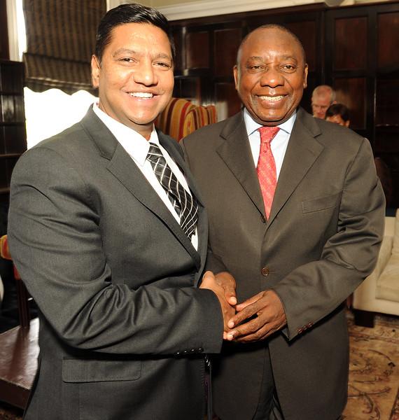 AIDS 2016 - Breakfast with Deputy President Cyril Ramaphosa 2014, Johannesburg, South Africa Photo shows: Sunil Geness (SAP Africa) and Deputy President Cyril Ramaphosa  ©IAS/Peter Morey