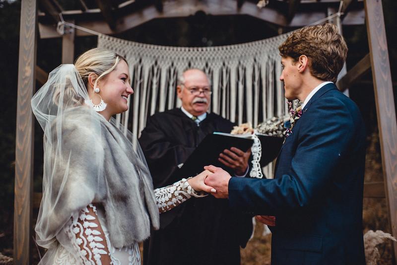 Requiem Images - Luxury Boho Winter Mountain Intimate Wedding - Seven Springs - Laurel Highlands - Blake Holly -1054.jpg