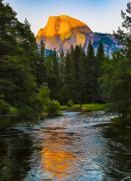 Yosemite_HalfDome-1.jpg