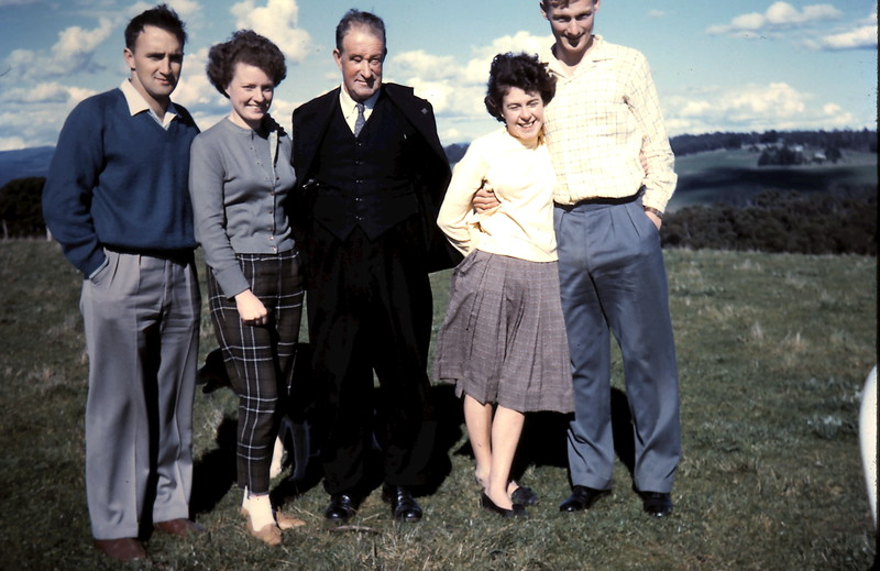 1961-8-27 (32) John, Gill, Uncle Harry, Mary & Graham.JPG