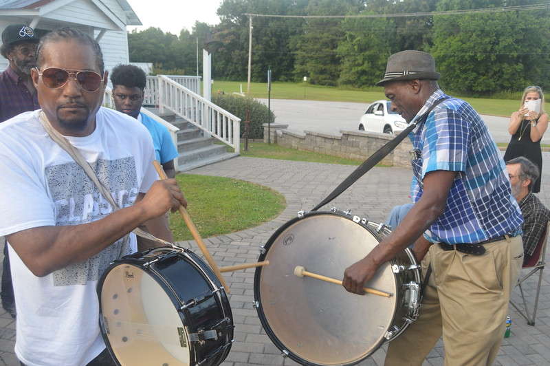 079 The Hurt Family Fife and Drum Band.jpg