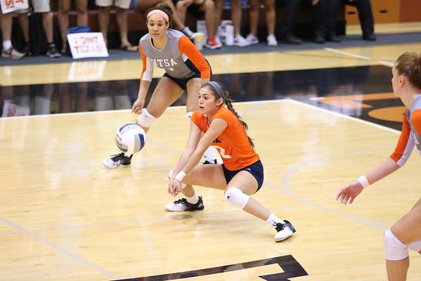 Emily Ramirez (UTSA vs UT Austin) Volleyball