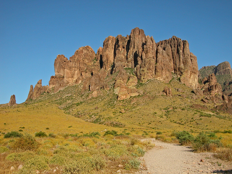 Apache Junction 030 edited.jpg