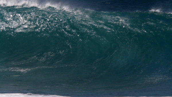 MonsterWaveHD_0526.mov