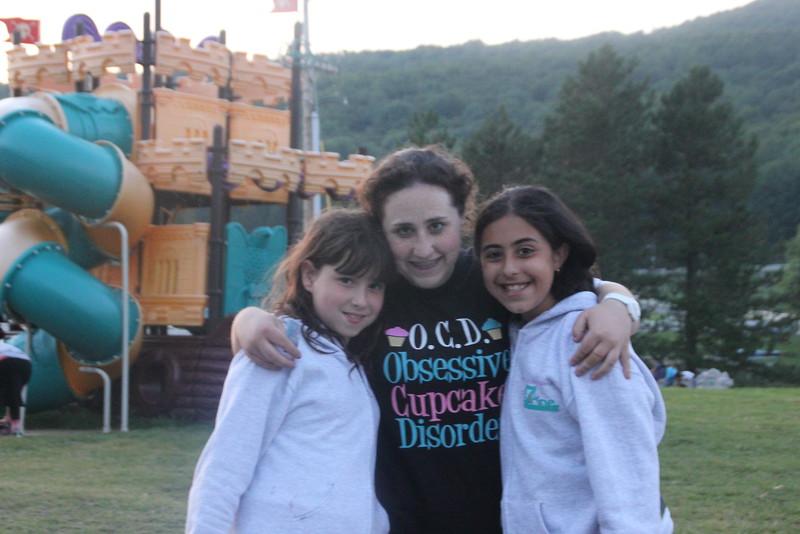 kars4kids_thezone_camp_GirlsDivsion_Smiling (369).JPG